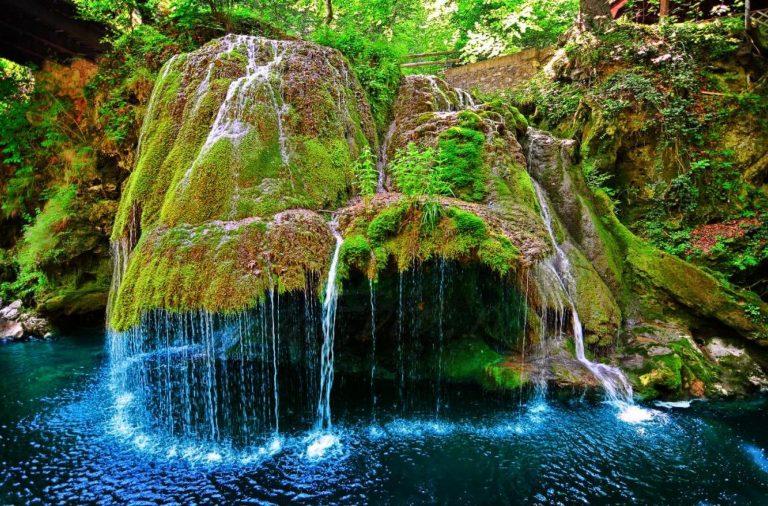 cele mai spectaculoase cascade din Romania