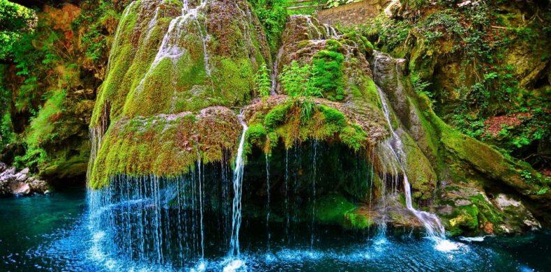 Top cele mai spectaculoase cascade din România