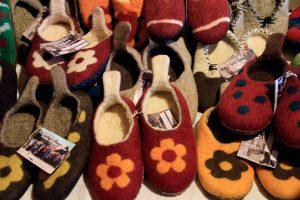 papuci din lana