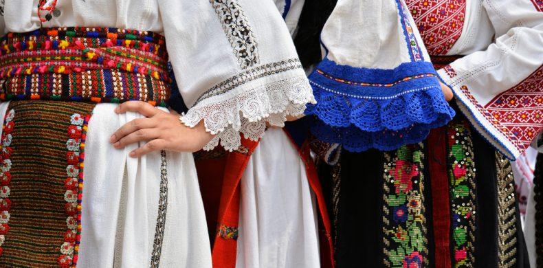 Costumele populare românești: istorie, evoluție, diferențe