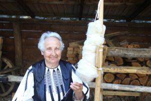 costum popular in transilvania
