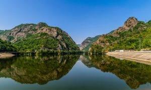 Lacul Calimanesti pe Olt