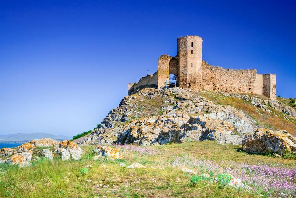 Cum ajungi la Cetatea Enisala