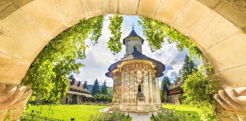 Cele mai frumoase mănăstiri din România